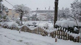 Dursunbey'de Okullar Kar Yağışı nedeniyle Tatil Edildi.